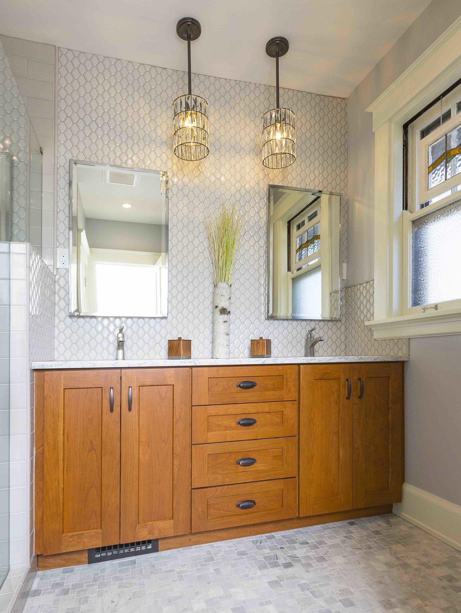 Craftsman+Bathroom+Remodel+Ideas+and+Photos