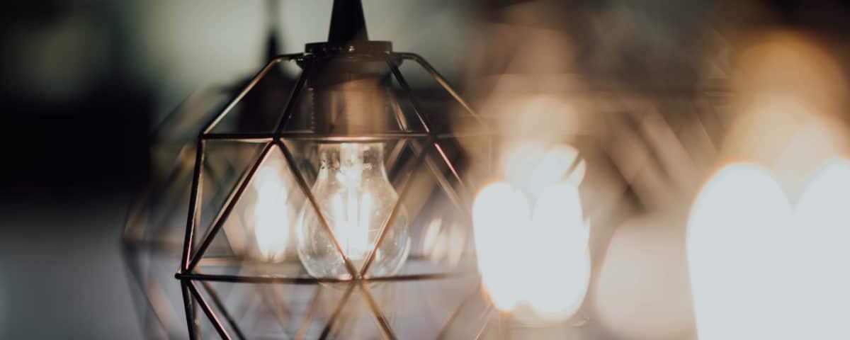 LED vs CFL light bulbs